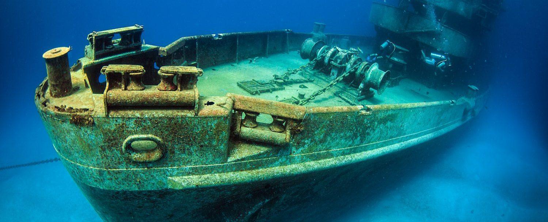 Kittiwake Wreck in Grand Cayman