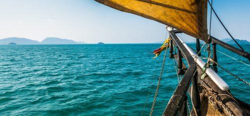 ship from cayman island pirates week