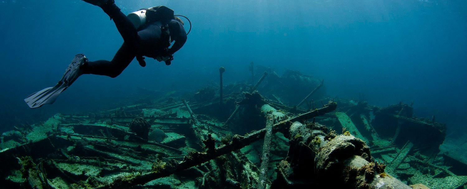 Scuba diving at Captain Keith Tibbetts Wreck